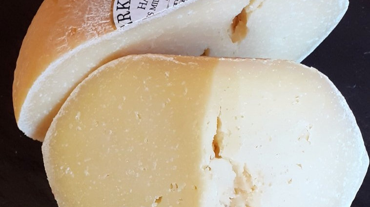 Berkswell Hard Sheep's Milk Cheese Ewe's Milk Cheese Pecorino British Cheese Cut Cheese Raw Milk Unpasteurised