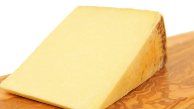 Traditional Raw Milk Buttered Clothbound Tasty Lancashire Cheese Unpasteurised Cow's Milk