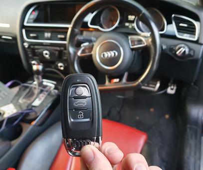 Audi A5 S5 2015 key programming