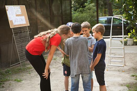 Rodzina. Kursy dla dzieci. Kursy online. Nauka zdalna. Nauczanie zdalne. Edukacja w domu