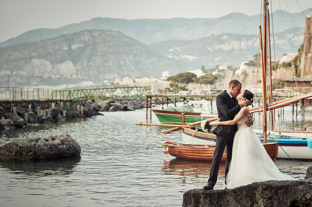 What a moment! How scenic is this lovely Sorrento wedding?