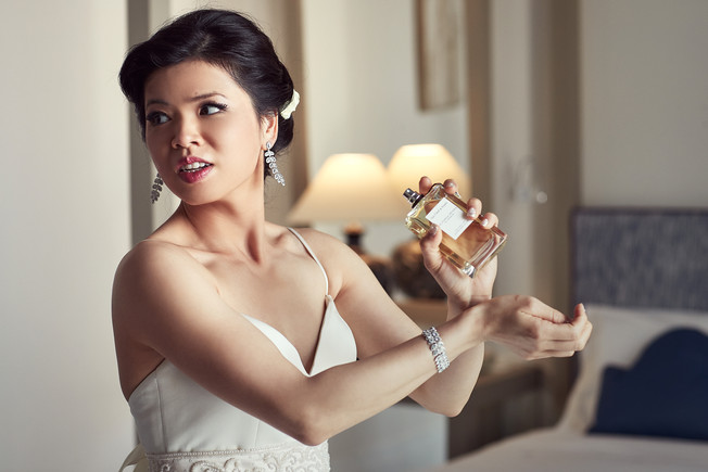 Fragrance, set, go. Western ceremony of Kitty and Adam's wedding. Bellvue Syrene Hotel.