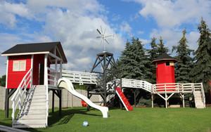 plac zabaw na terenie hodowli