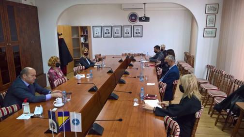 Ministrica Husić-Mehmedović i rektor Škrijelj posjetili Fakultet