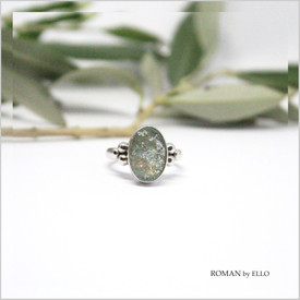 OLIVE RING WITH ROMAN GLASS
