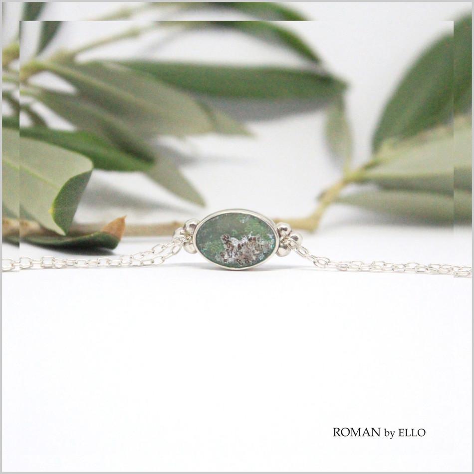OLIVE BRACELET WITH ROMAN GLASS