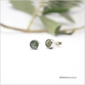 AURORA SMALL STUDS WITH ROMAN GLASS
