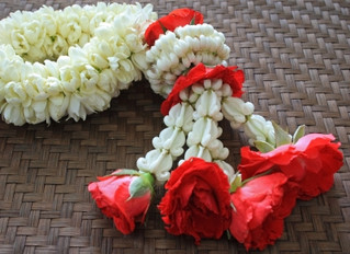 "Phuang Malai - a very ""Thai"" garland"
