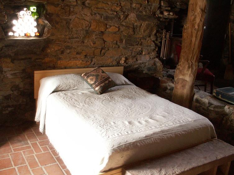 Stone Cabin bedroom