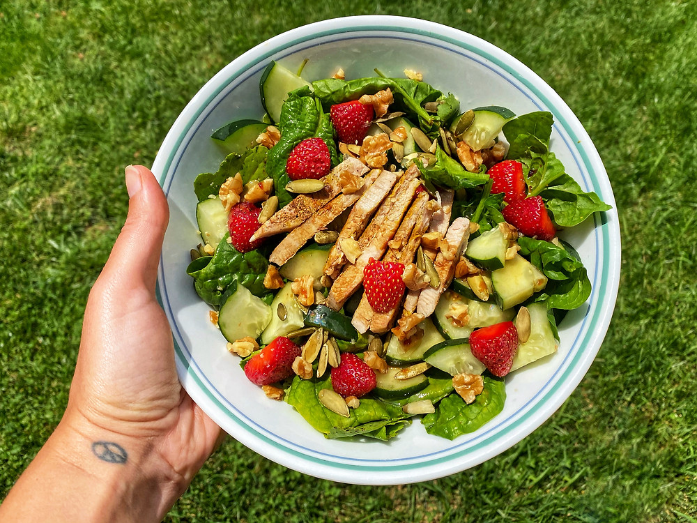 Spinach, Fruit and Grilled Protein Salad with Homemade Balsamic Vinaigrette