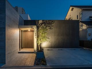 黒壁のコートハウス