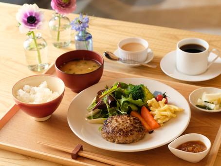 ベジッポ食堂の人気メニュー「ハンバーグ定食」を堪能で丁寧な食事の楽しみ方を知る!