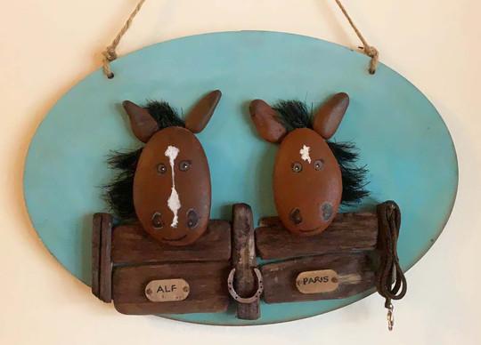 Pebble Horse Plaque