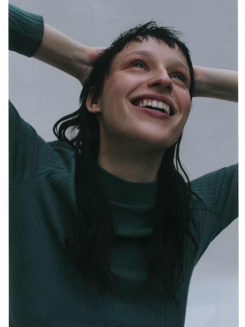 Laura1.jpg