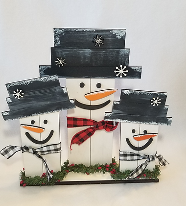 Set of 3  wooden snowmen