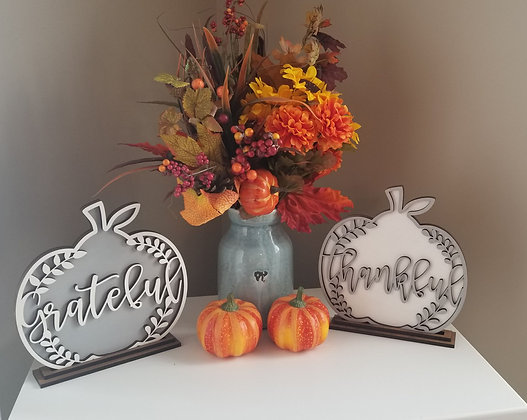 Thankful and grateful wood pumpkin decor