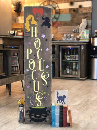 #910 Hocus Pocus  Porch.JPG