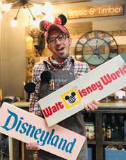 Disneyland, Disney World