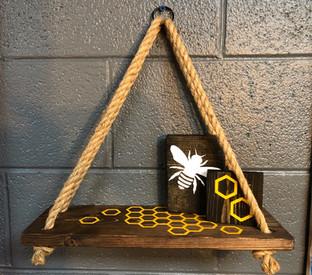 #605 Hanging Shelf Bee