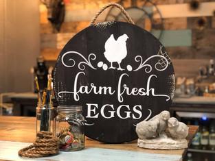 #706 Farm Fresh Eggs Round.