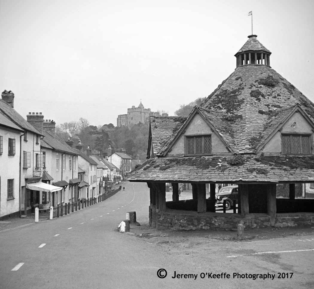 Yarn Market in Dunster