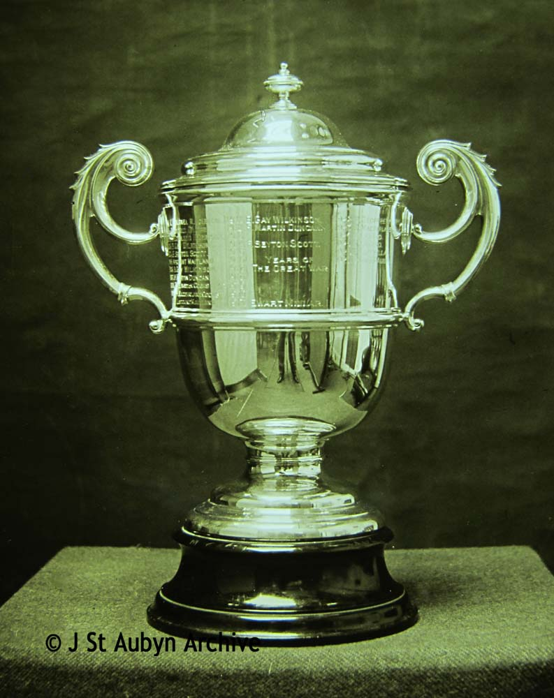 Amateur Photographic Field Club trophy