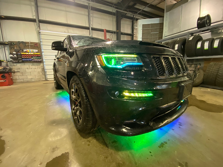 '14-'18 Jeep Grand Cherokee Headlights