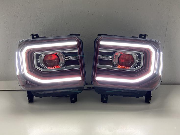 14-18 GMC Sierra Headlights