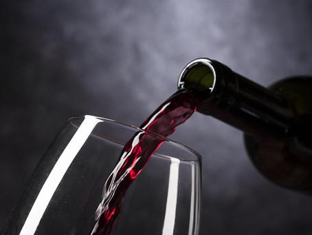 Um cálice de vinho realmente faz bem à saúde?