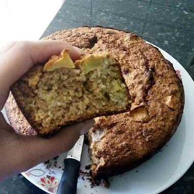 Bolo de aveia com banana e maçã (sem farinha de trigo e açúcar)