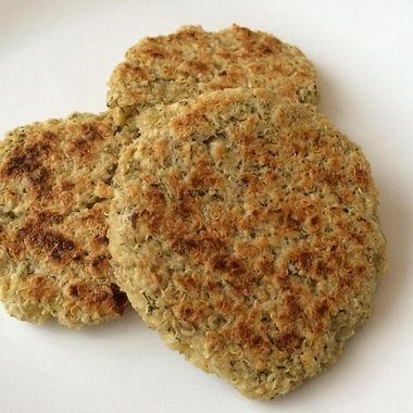 Hambúrguer vegetariano de aveia e quinoa