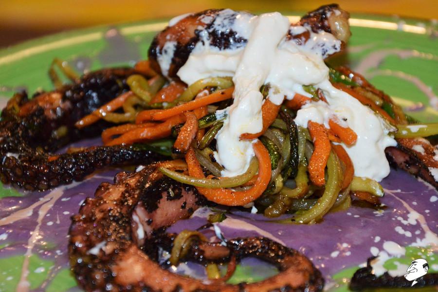 polpo croccante con crema di patata viola e stracciatella #osteriadarbruttone