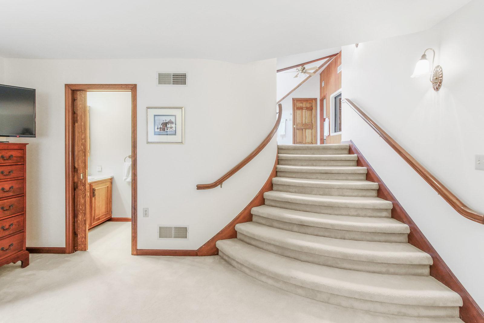 534 Ridge Avenue-52-SMALL[1]