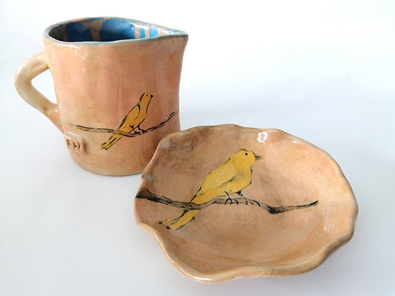 Rustic Canary milk jug and small biscuit plate set.