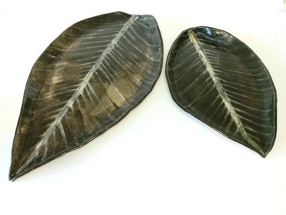 2 x Leaf platters