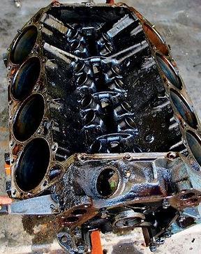 oily engine block1.jpg