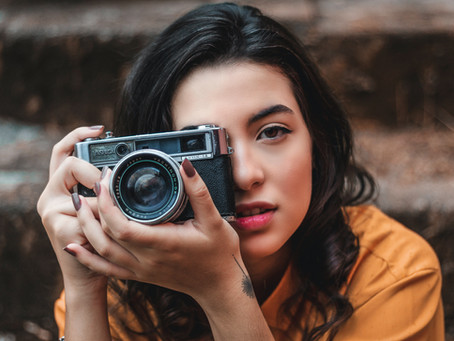 Photography vs. Videography in Fashion: 3 Essential Differences