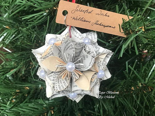 Kusudama Ornament: Shakespeare