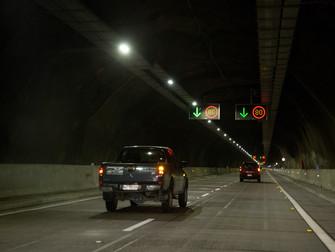 Noticias Socios: Schréder - Iluminación LED mejora los estándares de seguridad en Túnel Chamisero II
