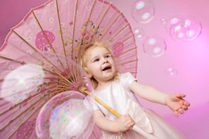 Ava bubbles pink Rolph & Co Family, Baby, Toddler, Child & Maternity Photography Macclesfield Cheshire