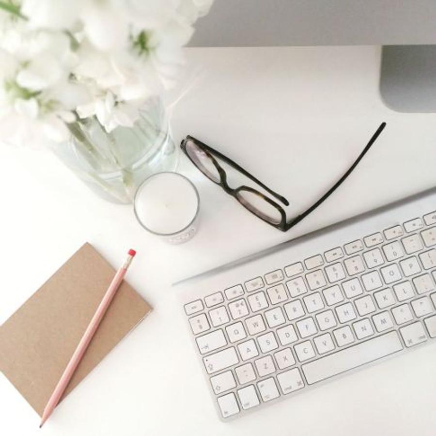 Blogger-desk-space