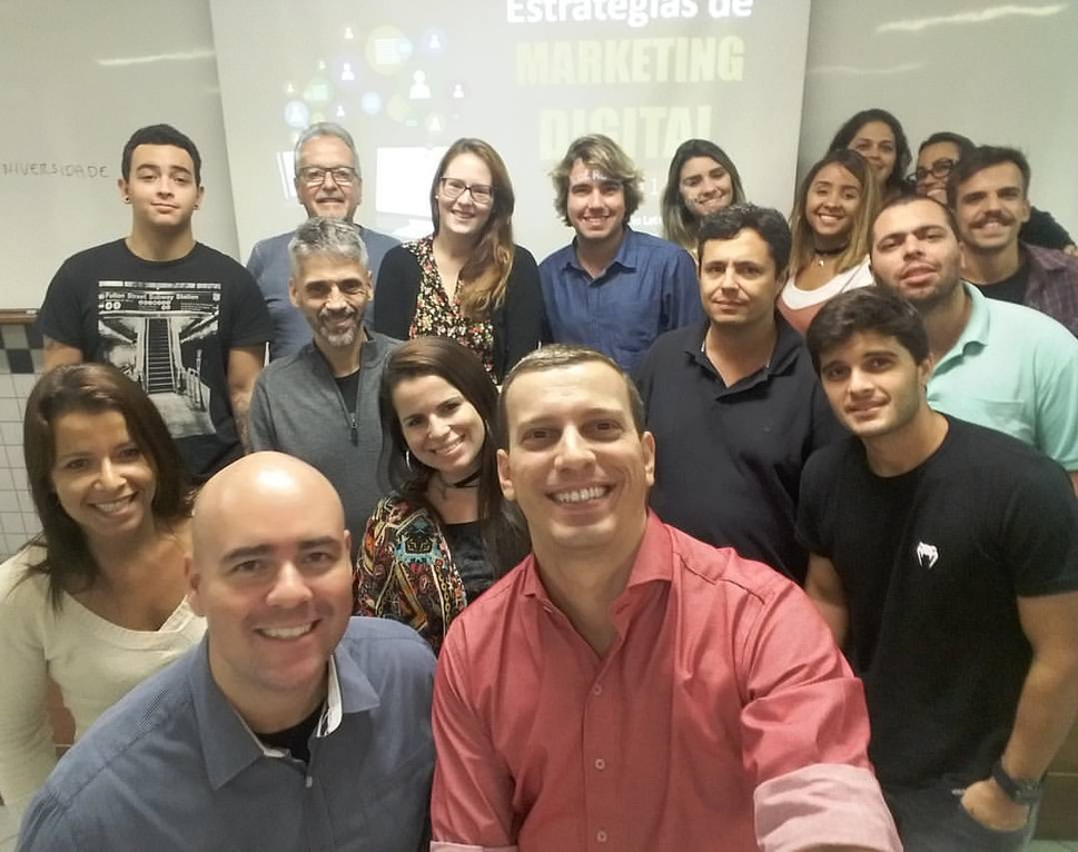 Foto oficial da turma de Marketing Digital
