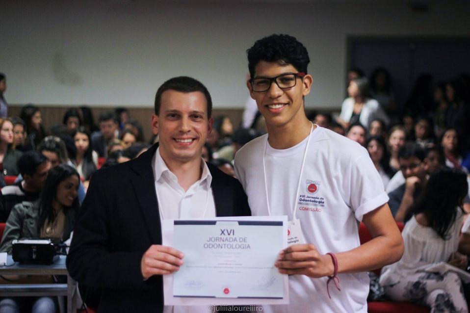 Prof. Antonio Latempa: Palestra de Marketing em Odontologia na Jornada Acadêmica de Odontologia da Universo