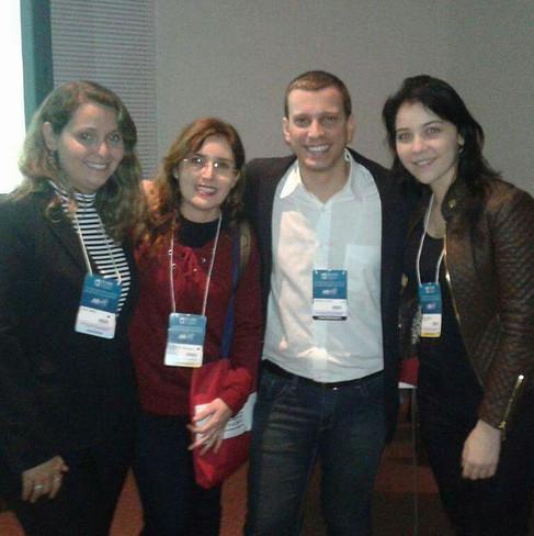Com Antonio Latempa ao fim de sua palestra no Congresso Internacional de Odontologia (CIORJ)