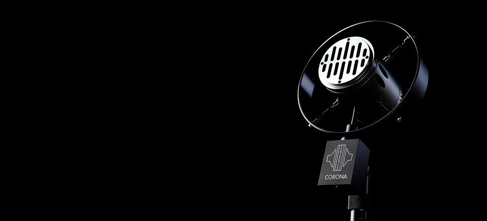 Sontronics Corona microphone tilted upwards