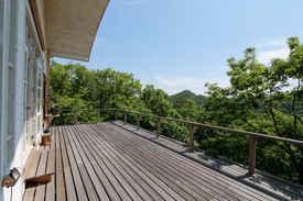 東条湖1スタジオ Terrace