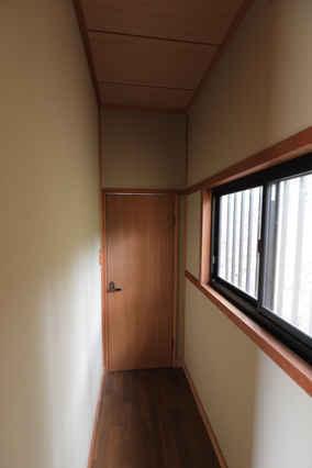東条湖 3 スタジオ
