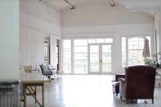 東条湖1スタジオ B