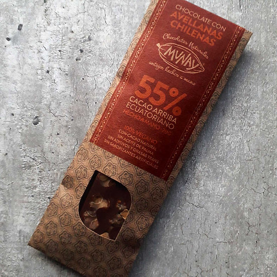 Chocolate con avellanas chilenas