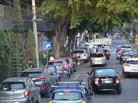 PULSO | Se reduce 28.6% crédito automotriz